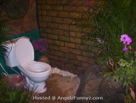 garden-toilet.jpg
